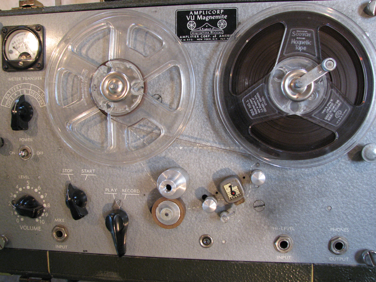1958 Amplicorp Magnemite 610 VU spring wound reel to reel tape recorder in Reel2ReelTexas.com's vintage recording collection