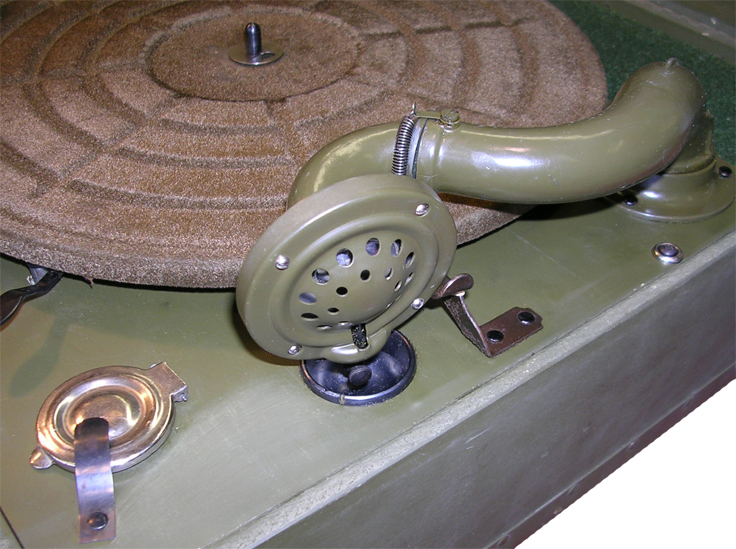 Robert Metzner's Pacific Sound Equipment Company's military transcription turntable in the Museum of Magnetic Sound Recording