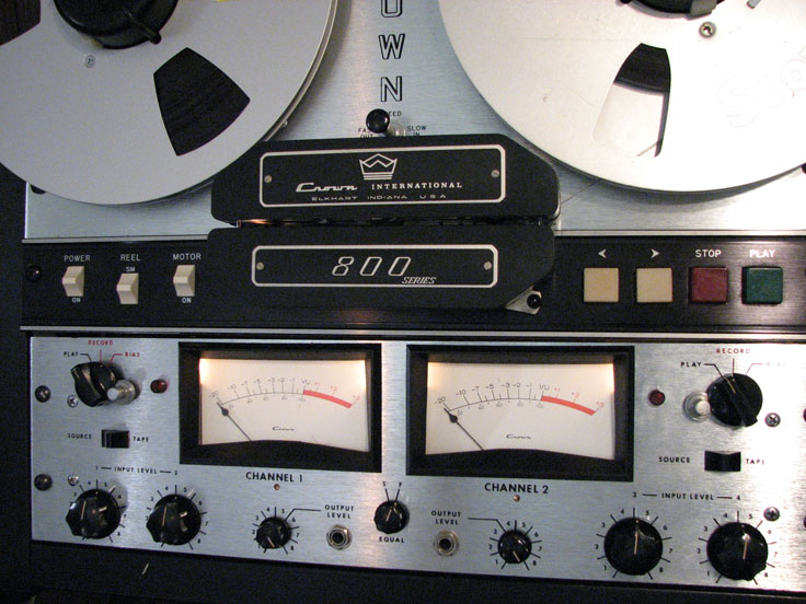 Crown SX824 professional reel to reel tape recorder donated by Dr. Charles Davis and Don Nattinger to the Reel2ReelTexas collection