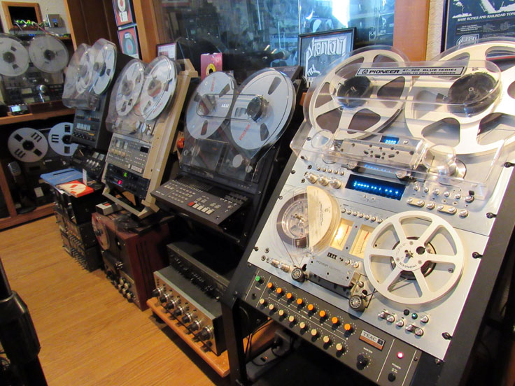 Pioneer, Fostex, Tascam, Otari and Teac reel tape recorders in the Reel2ReelTexas.com vintage recording collection