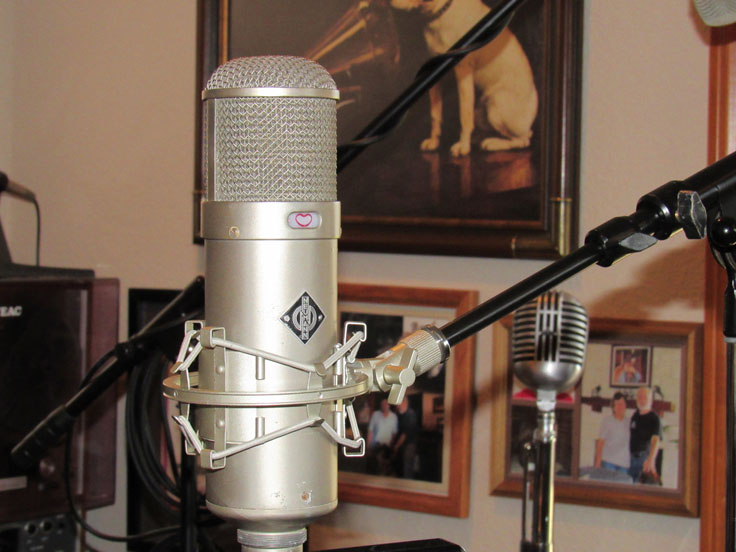 Neumann U48 microphone in the Reel2ReelTexas.com vintage recording collection