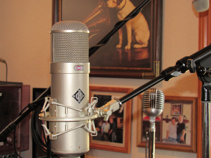 Neumann U48 microphone in the Reel2ReelTexas.com vintage microphone and recording equipment collection