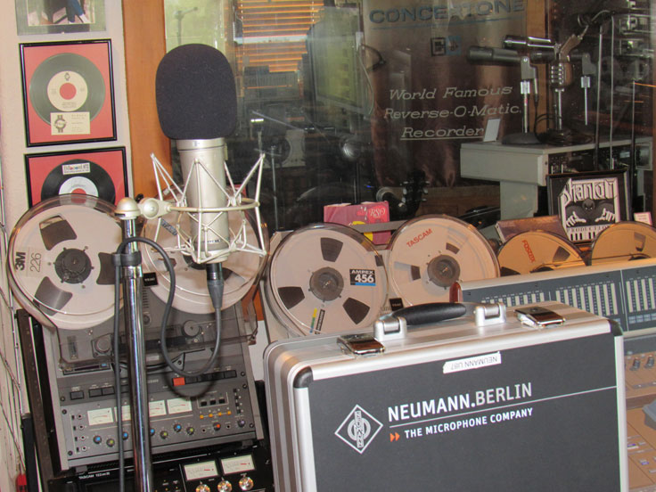 Neumann U87 microphone in the Reel2ReelTexas.com vintage recording collection