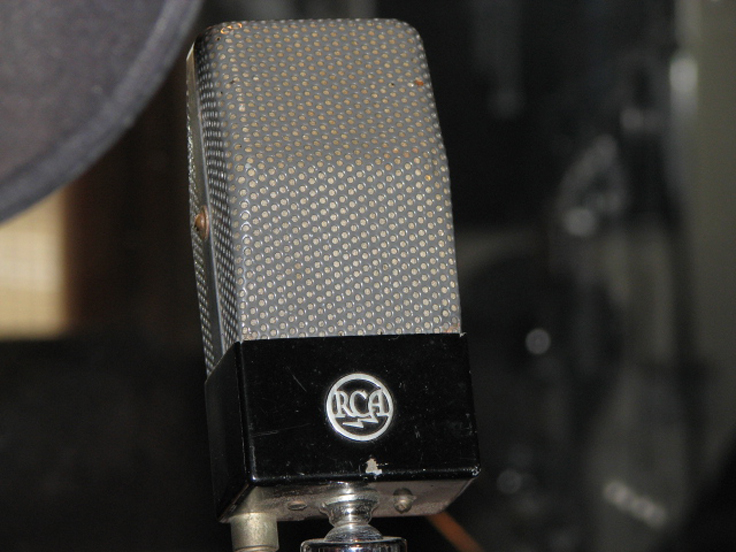 RCA 74B  Junior Velocity microphone in Reel2ReelTexas.com's vintage recording collection