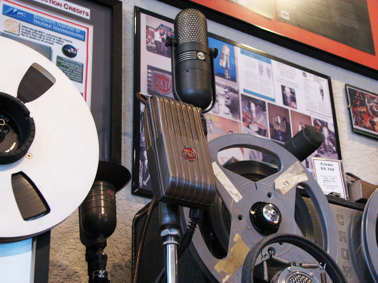 The RCAMI-6204-C Varacoustic Microphone in the Reel2ReelTexas.com's vintage recording collection