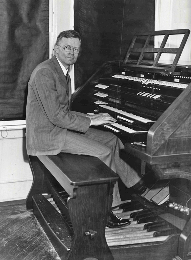 Richard Ranger with his Rangertone Organ