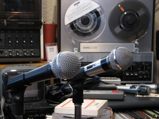 Shure SM48 and Shure PE56D Unisphere microphones in Phantom Productions' vintage reel to reel recording collection
