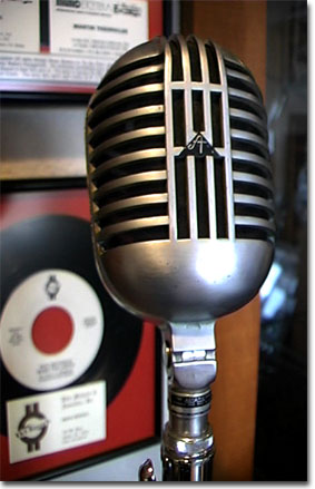 picture of Astatic DR-10 microphone