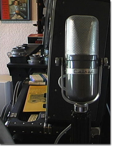picture of Calrad microphone styled like Sony C37-A