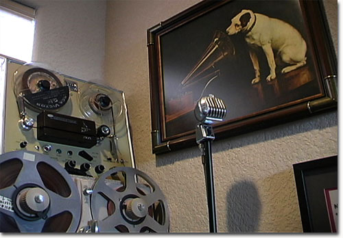 picture of Phantom Productions' Concertone 505 reel tape recorder
