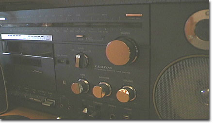 picture of Lloyds cassette player