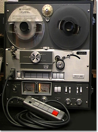 picture of Roberts 400X with remote