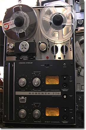 picture of Roberts 770 reel tape recorder