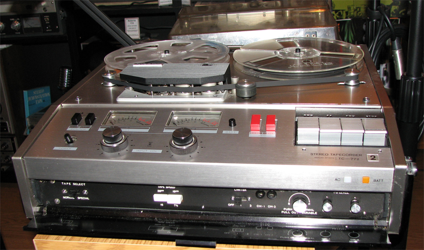 "Sony 772 2 track battery 15 ips 7"" reel professional portable tape recorder in PPI's vintage recording collection"