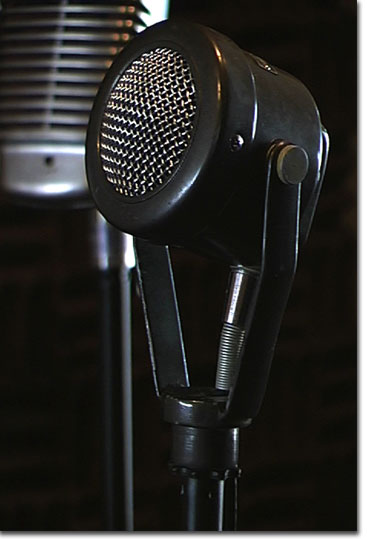 picture of the Turner 99 microphone