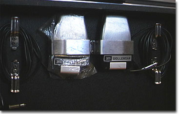 picture of Wollensak 1980 microphones in lid